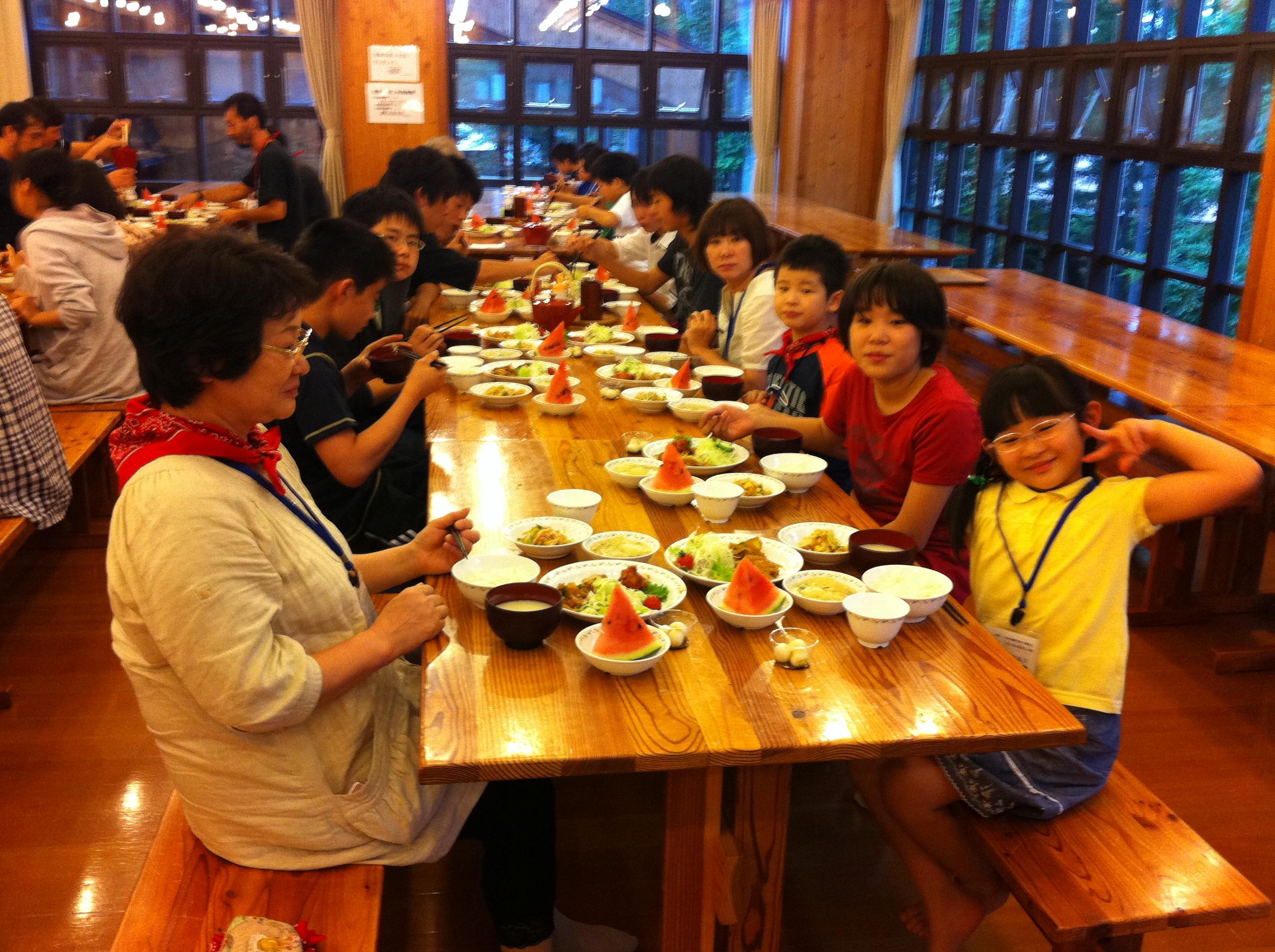 http://www.kodomonotsubasa.com/2011/07/25/0725yusyoku03.JPG