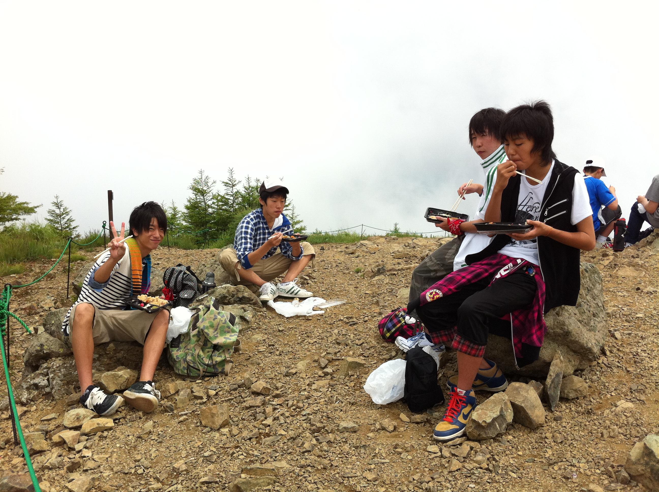 http://www.kodomonotsubasa.com/2011/07/26/0726hiking28.JPG