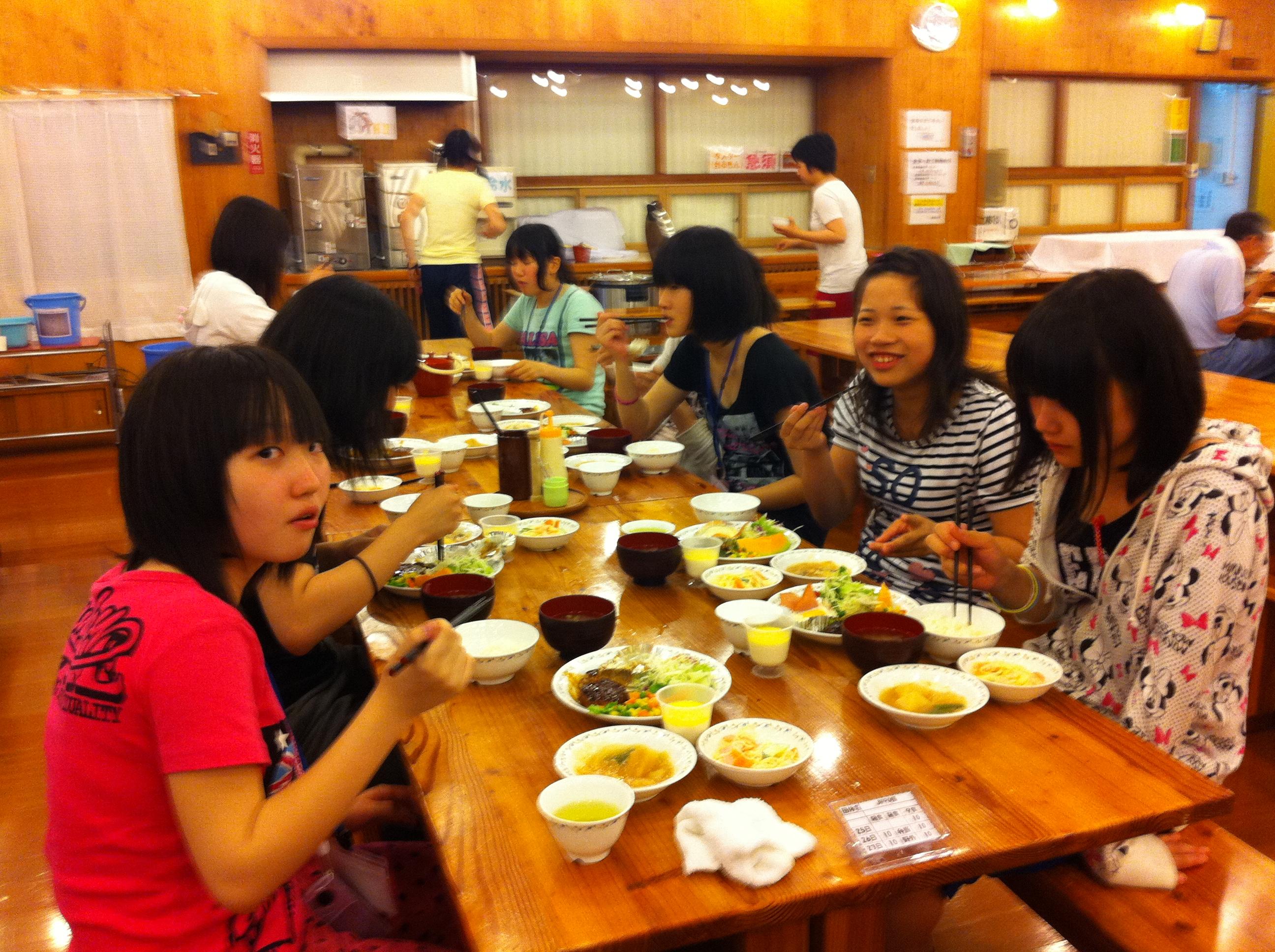 http://www.kodomonotsubasa.com/2011/07/26/0726yushoku06.JPG