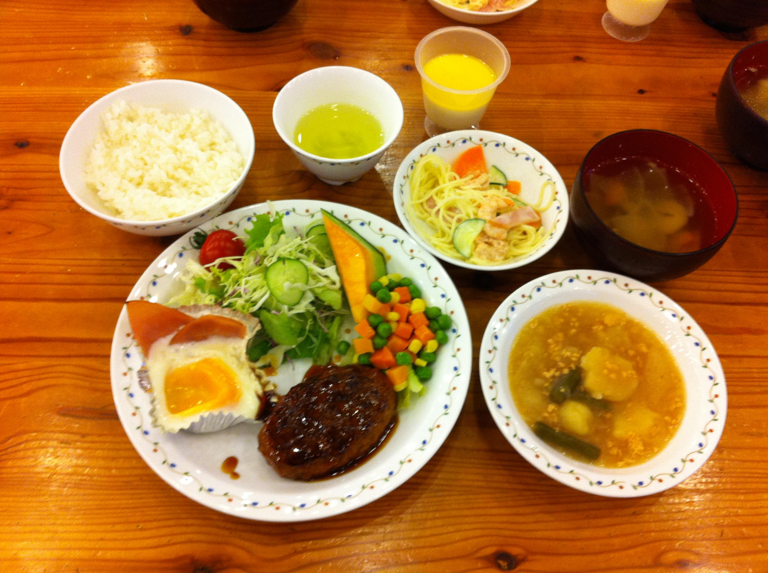 http://www.kodomonotsubasa.com/2011/07/26/07726yushoku01.JPG