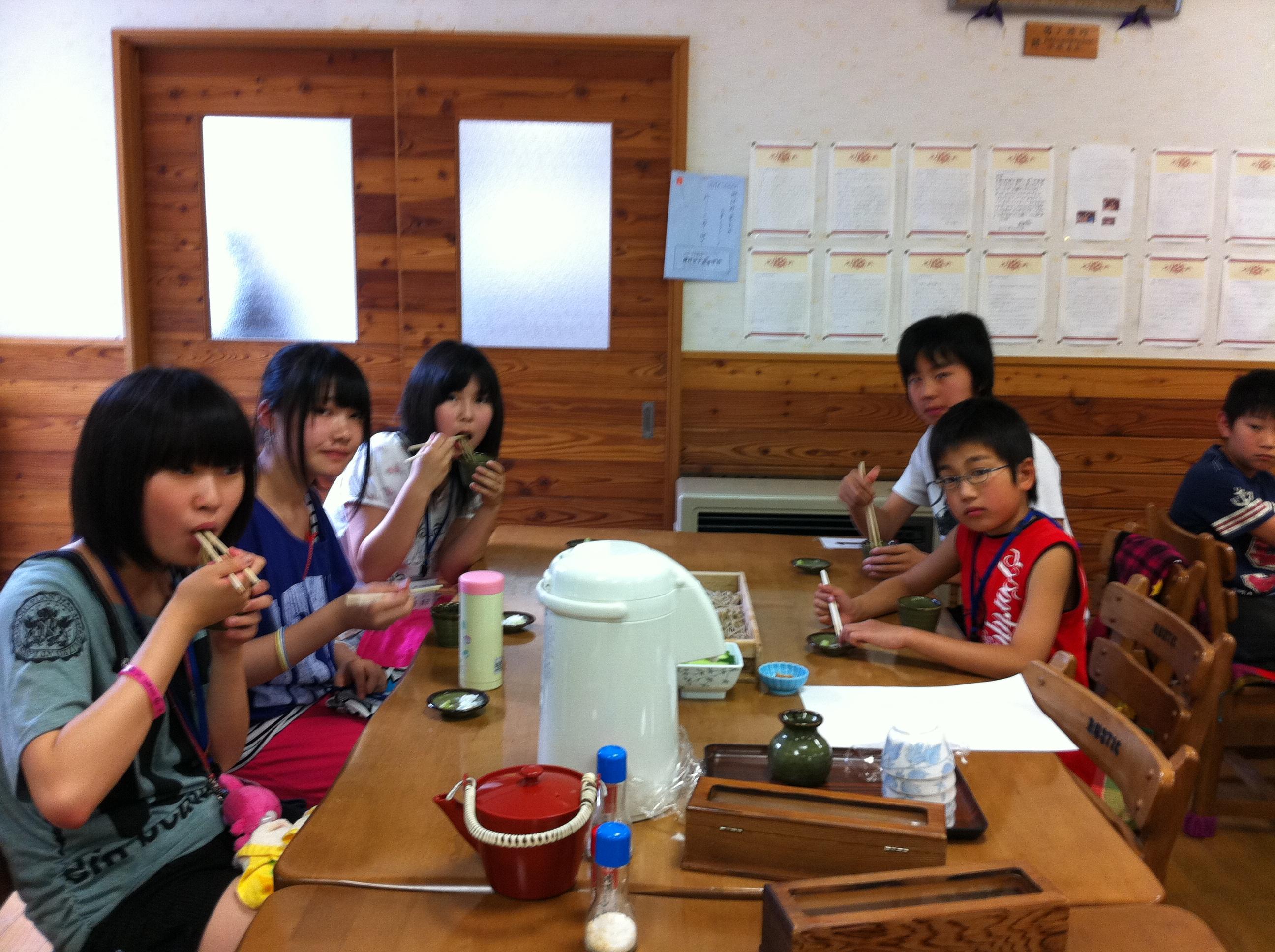 http://www.kodomonotsubasa.com/2011/07/29/0728soba22.JPG