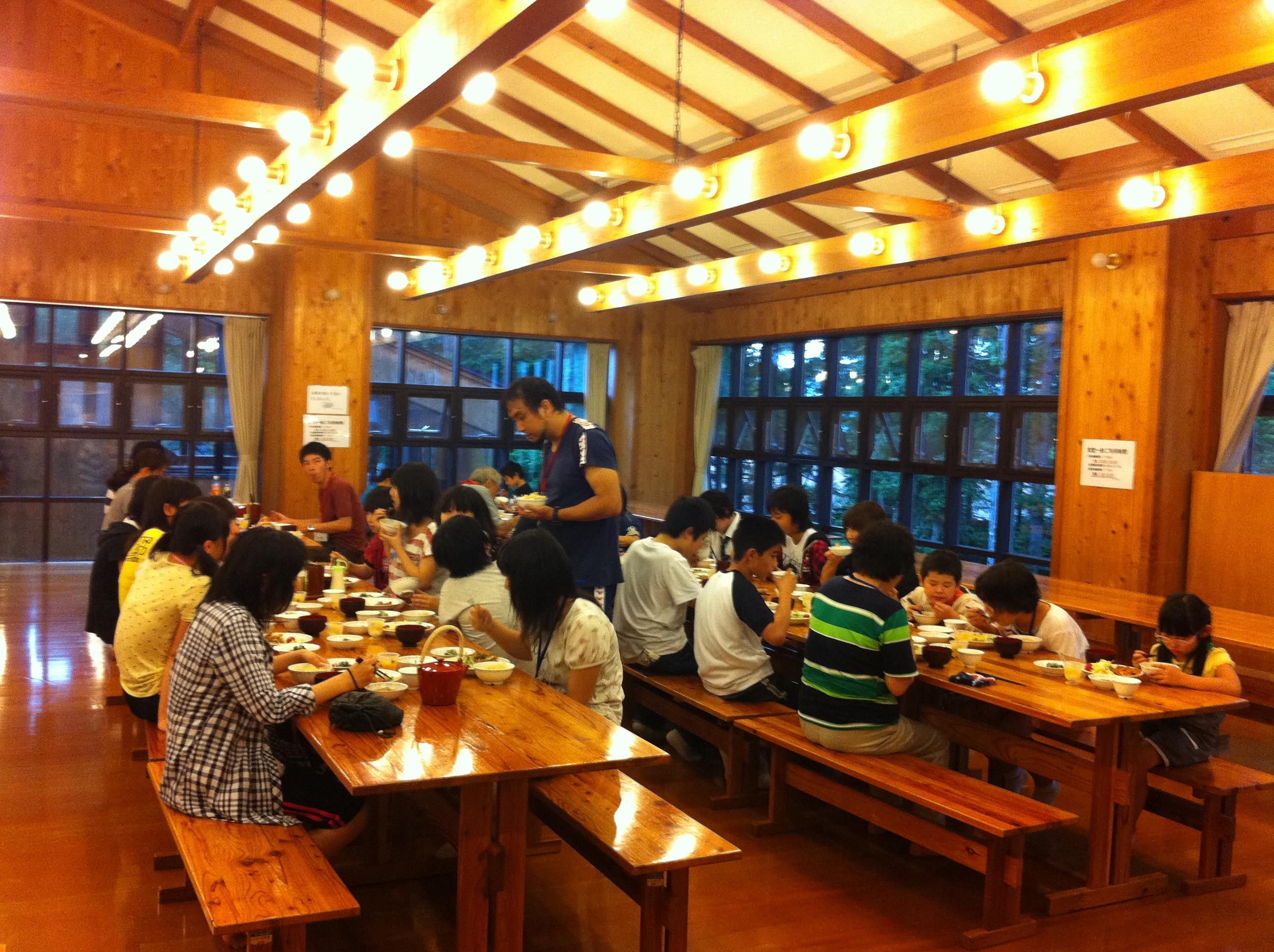 http://www.kodomonotsubasa.com/2011/07/29/0728yusyoku02.JPG